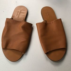 Everlane Day Slide in Camel Size 7